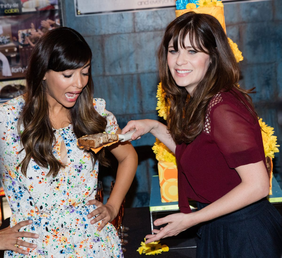 zooey-deschanel-and-hannah-simone-at-new-girl-100th-wpisode-cake-cutting-in-culver-city-12-02-2015_3